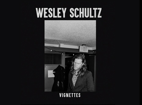 album art for Vingettes. Black & White picture of artist.